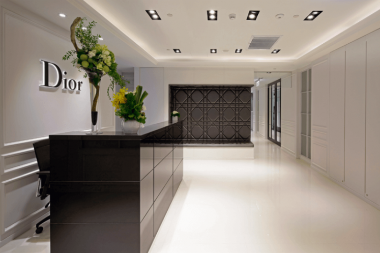 Dior 辦公室